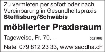 Möblierter Praxisraum in Gesundheitspraxis in Steffisburg/Schwäbis
